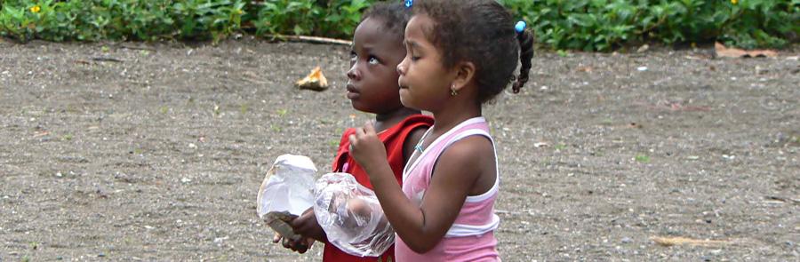 Viele Kinder leben in bitterer Armut und hungern